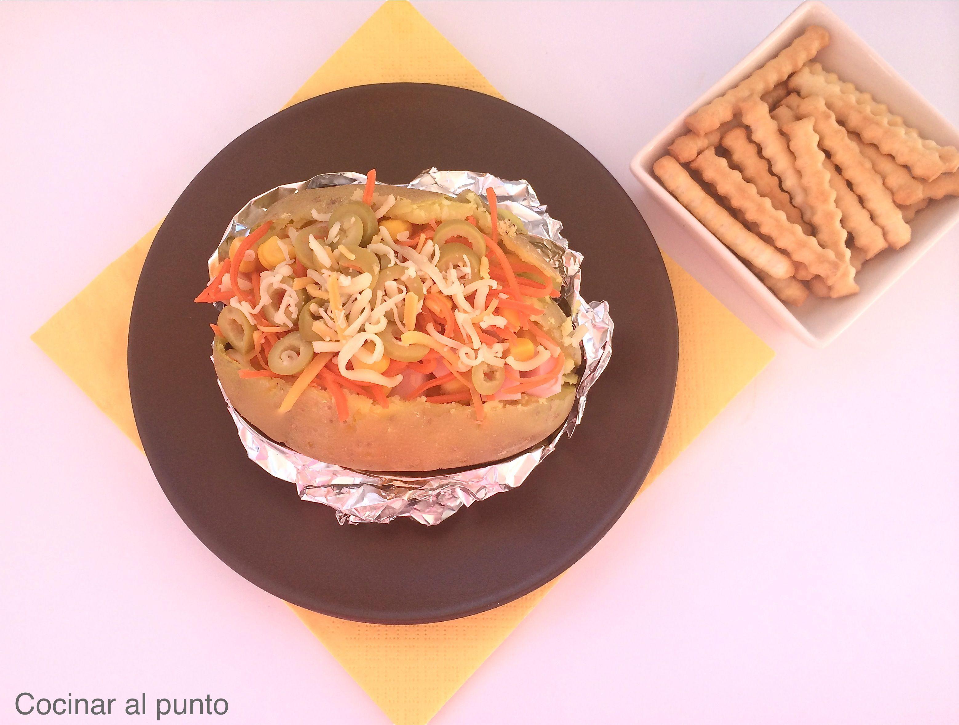 Patata asada rellena al microondas cocinar al punto - Cocinar al microondas ...